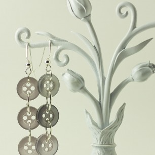 Dangle Button Earrings &#8211; Gray