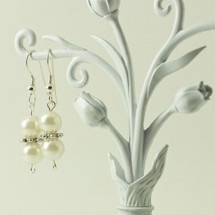 Dangle Bead Earrings &#8211; Pearl