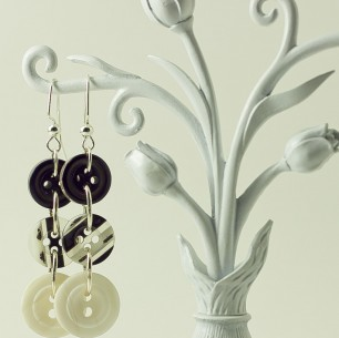 Dangle Button Earrings &#8211; Black &#038; White Multi