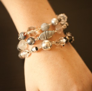 Bracelet &#8211; Three Strand Gray Multi